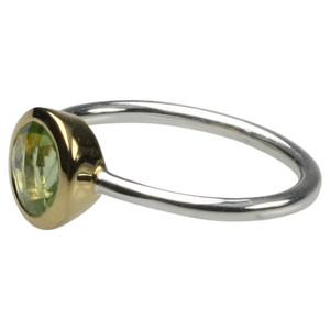 Feiner teilvergoldeter 925er Silberring mit Peridot – Bild 1