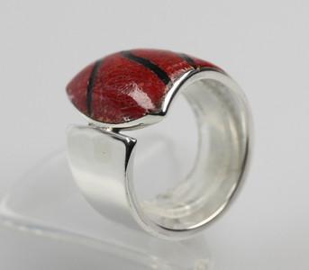 Fein strukturieter 925er Silberring mit Koralle – Bild 2