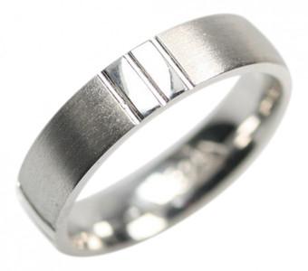 Eleganter teilmattierter Ring aus 925er Sterlingsilber – Bild 1