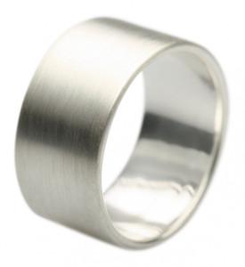 Bildschöner 10 mm breiter mattierter 925er Silberring – Bild 1