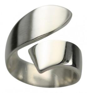 Formschöner teilmattierter Silberring – Bild 2