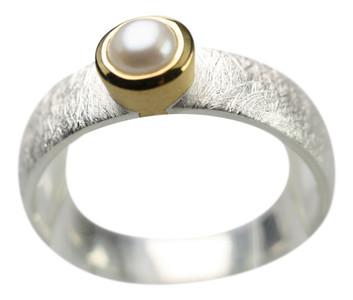 Teilvergoldeter 925er Silberring mit Perle – Bild 1