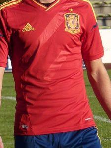 adidas Spanien Trikot Home rot Kinder 2011/2012 – Bild 3