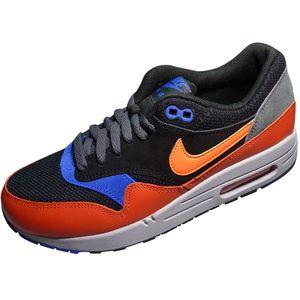 Nike Air Max 1 Essential Sneaker black hyper crimson
