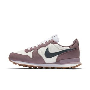 Nike WMNS Internationalist Damen Sneaker beige lila