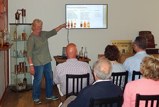 Präsentation mit Hintergrundinformationen