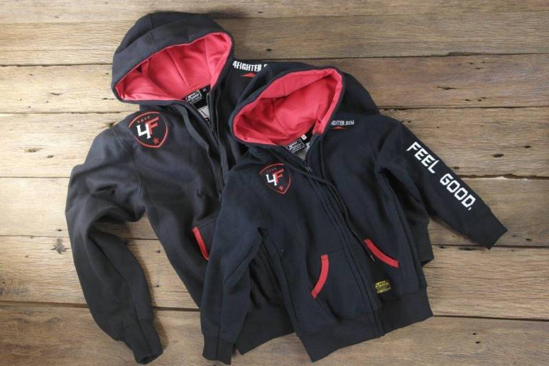 4Fighter Zip-Hoodie / Sweatshirt KIDS with zip pockets and hood black/red – image 1