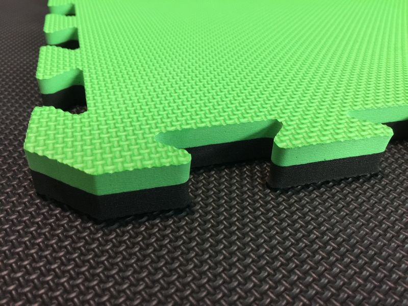 4Fighter 2cm martial arts mat DOUBLE CROSS green-black – image 1