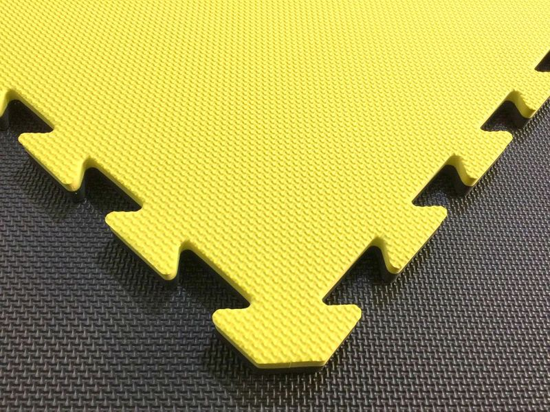 4Fighter 2cm martial arts mat DOUBLE CROSS yellow-black – image 2