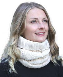 Stellen Sie sich Ihr Winter Kombi Set zusammen: Loop-Schal, passende Strickmütze und passende Handschuhe  001