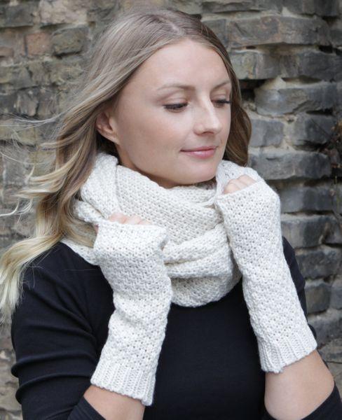 HILLTOP - Winter Kombi Set aus Schal und wahlweise Handschuhe oder Handwärmer, 2-tlg., versch. Farben – Bild 18