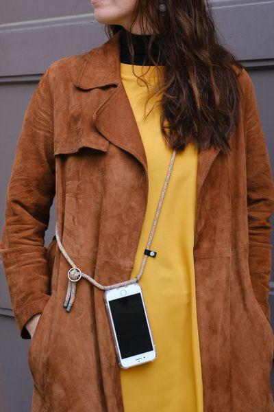 Hilltop Handyhülle mit Band, Handytasche zum Umhängen, Smartphone Handykette Hülle mit auswechselbarer Schnur, Phonecase Necklace – Bild 8