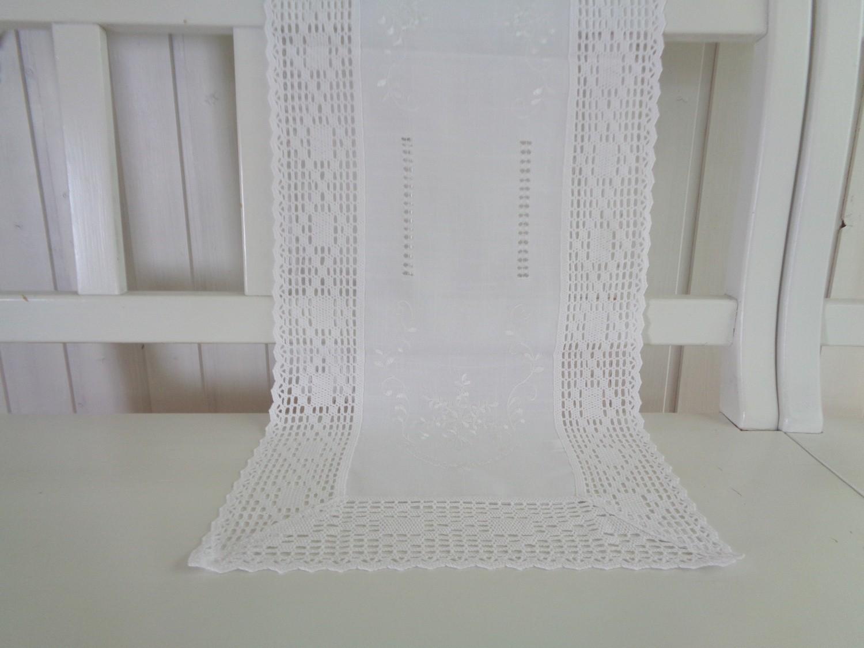 tischl ufer wei landhaus shabby chic h kelspitze 40x140. Black Bedroom Furniture Sets. Home Design Ideas