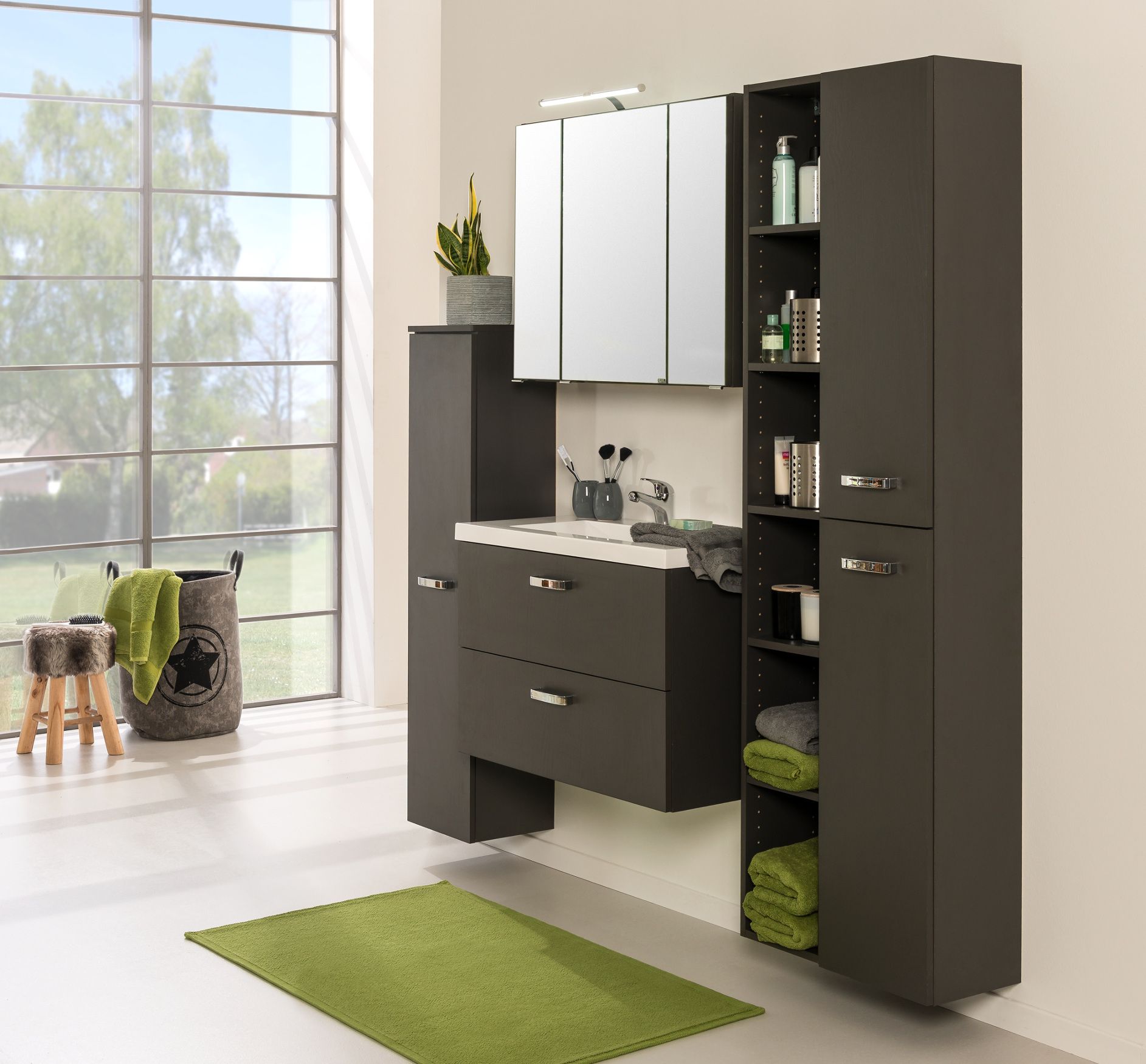 badm bel set montreal mit spiegelschrank 7 teilig 145 cm breit grau bad badm belsets. Black Bedroom Furniture Sets. Home Design Ideas