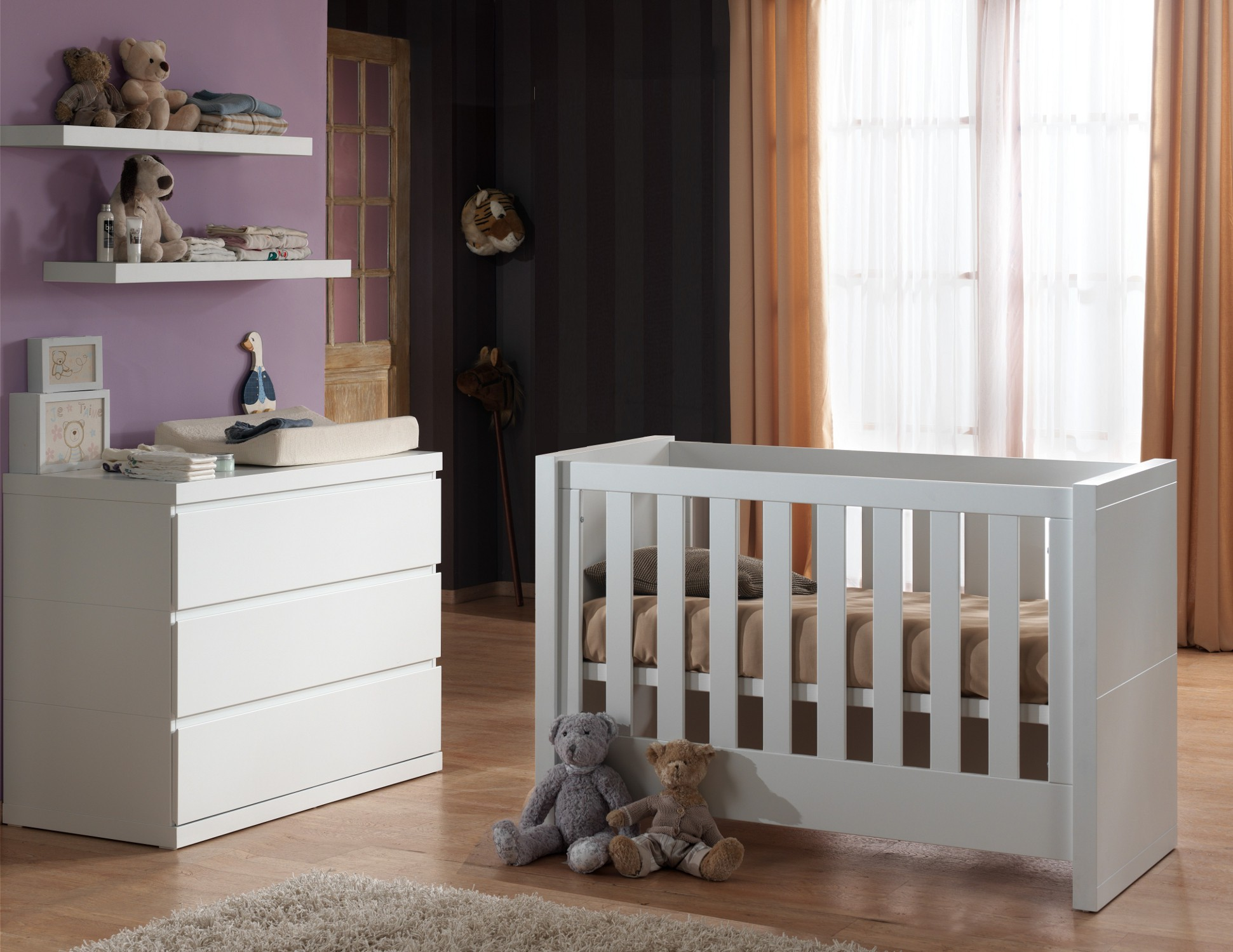 babyzimmer lara set mit babybett regale kommode wickelauflage weiss ebay. Black Bedroom Furniture Sets. Home Design Ideas