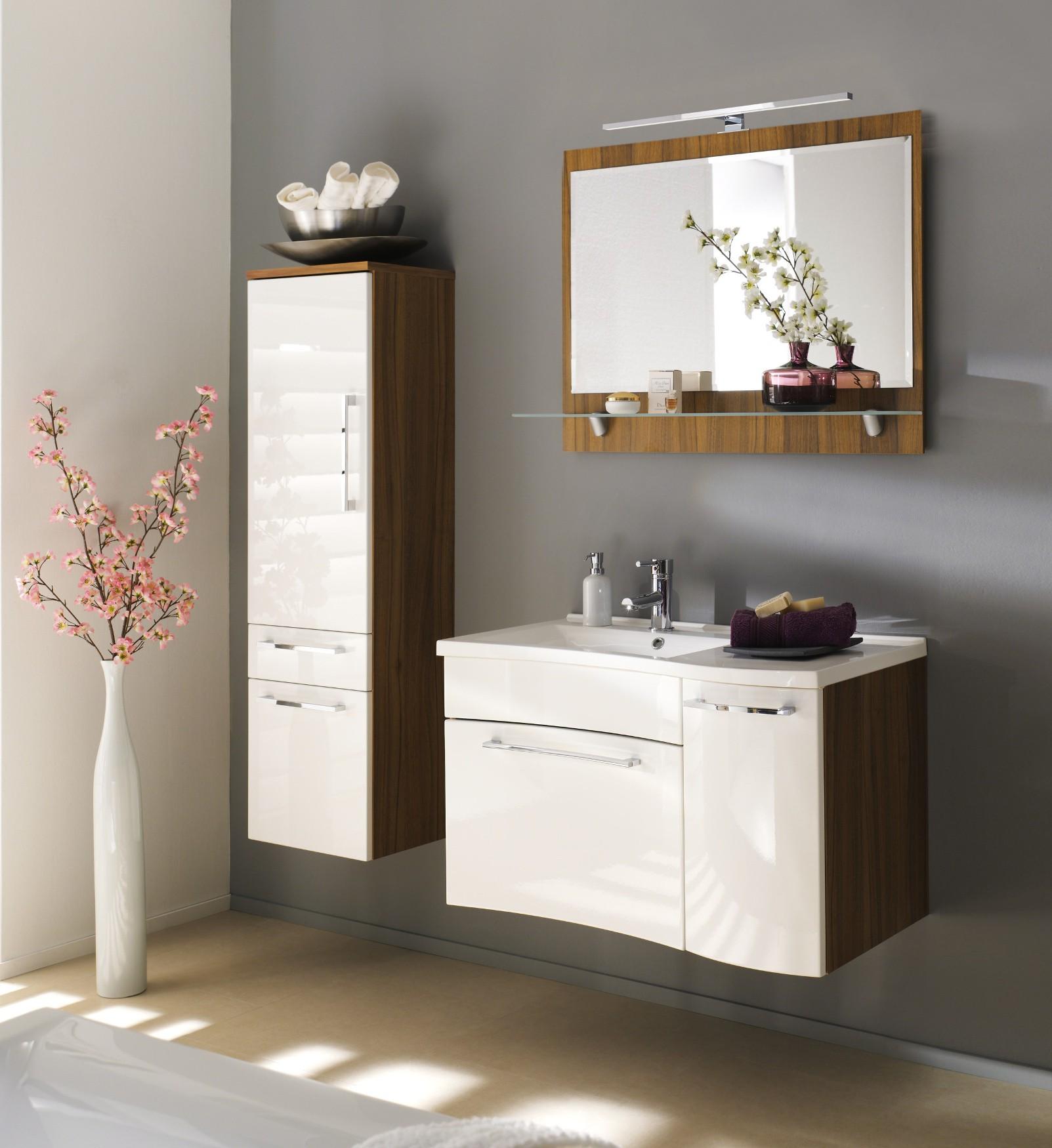 badm bel set laonda mit spiegel 5 teilig 130 cm breit wei bad badm belsets. Black Bedroom Furniture Sets. Home Design Ideas
