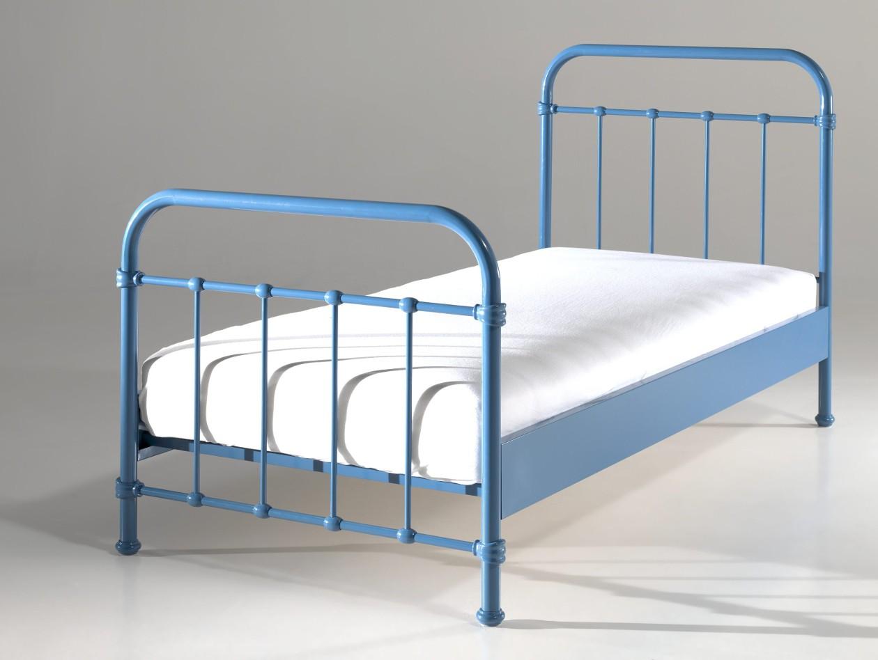 Metallbett new york liegefl che 90 x 200 cm blau for Jugendzimmer ratenkauf