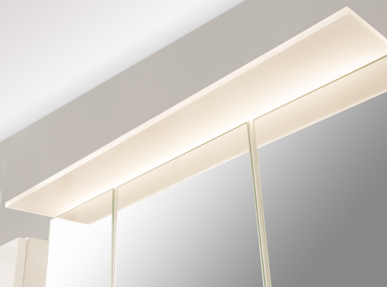 bad spiegelschrank 3 t rig mit beleuchtung 60 cm breit buche bad spiegelschr nke. Black Bedroom Furniture Sets. Home Design Ideas