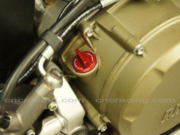 TA131 Öleinfüllschraube M20x2,5 CNC Racing für Ducati – Bild 7