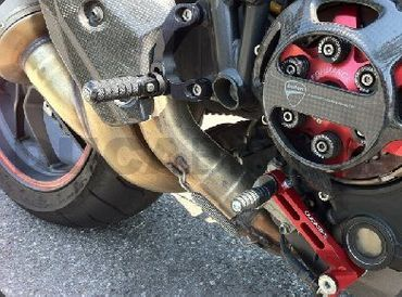 adjustable rearsets Ducabike for Ducati Streetfighter – Image 3