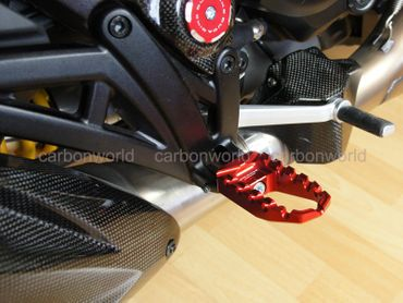 Touring pegs red CNC Racing for Ducati Diavel – Image 4
