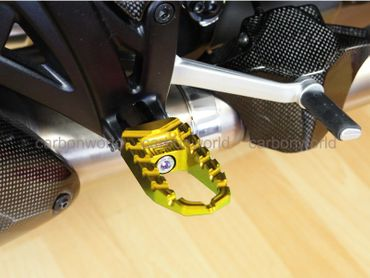 Touring pegs gold CNC Racing for Ducati Diavel – Image 4