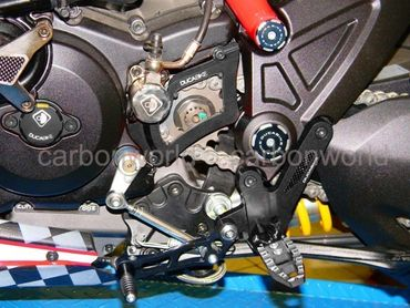 adjustable rearsets black Ducabike for Ducati Diavel – Image 4