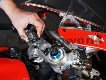 Disassembly wrench nut headstock CNC Racing for Ducati Panigale – Image 2