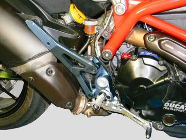 Kit repose pieds smoked / argent Ducabike pour Ducati Hypermotard 821 – Image 2