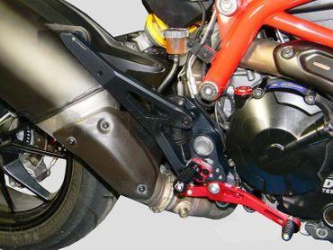 Fußrastenanlage schwarz rot Ducabike für Ducati Hypermotard 821 – Bild 2
