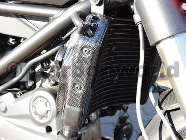 cooler cover carbon mat Ducati Streetfighter – Image 4