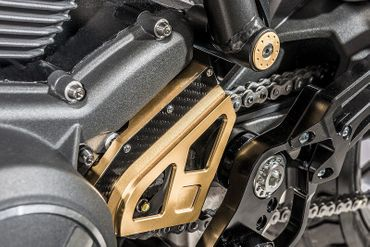 sprocket cover gold  CNC Racing Ducati Hypermotard 821 – Image 4