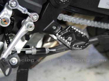 Fußrasten kit Touring schwarz CNC Racing für Ducati Monster 821 1200 – Bild 2