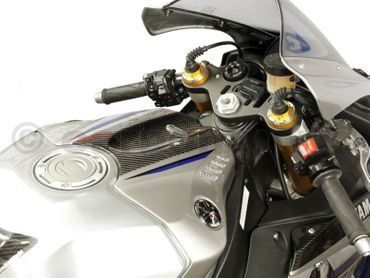 Tank guard carbon for Yamaha YZF-R1 – Image 2