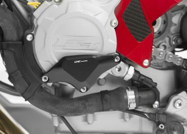 Carter RPS copri alternatore lato sx nero CNC Racing per MV Agusta – Image 2