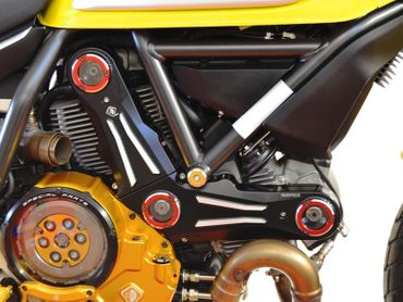 Belt cover kit black red Ducabike for Ducati Scrambler, Hypermotard 796 – Image 2