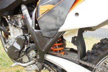 Rahmenschoner Carbon für KTM 250 350 450 SX – Bild 6