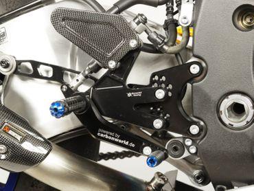 Coppia Pedane blu carbonio Bonamici Racing per Yamaha YZF R1/R1M – Image 4