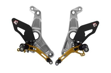 Kit repose pieds argent/or Ducabike pour Ducati Monster 1200 R – Image 1