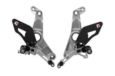 Kit repose pieds argent/argent Ducabike pour Ducati Monster 1200 R – Image 1