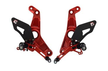 Kit repose pieds rouge/rouge Ducabike pour Ducati Monster 1200 R – Image 1