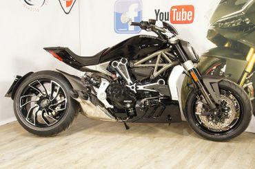 Rahmenstopfen Kit schwarz/silber CNC Racing für Ducati XDiavel  – Bild 7
