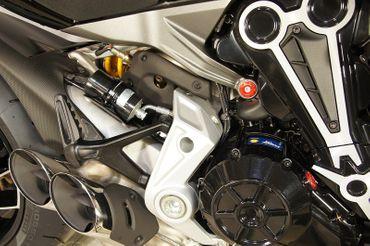 Rahmenstopfen rot CNC-Racing für Ducati XDiavel – Bild 3