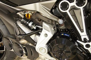 Rahmenstopfen hinten silber CNC-Racing für Ducati XDiavel – Bild 2