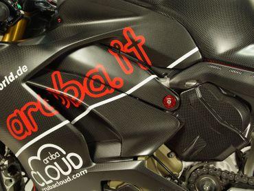 018DPV4SM Carbonworld Rahmenschoner Carbon für Ducati Panigale V4 – Bild 5