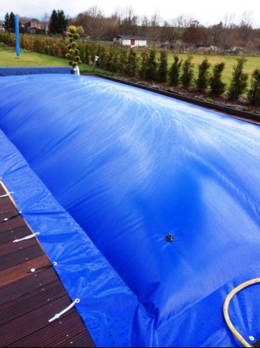 Aufblasbare Poolabdeckung aufblasbare poolabdeckung poolplane rechteckig 1300 g m poolplanen aufblasbar