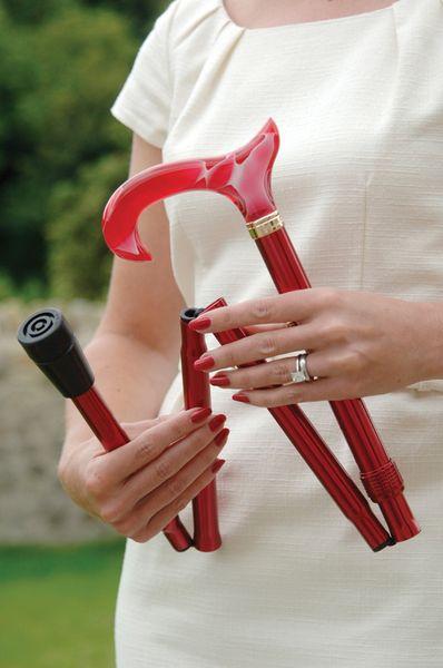 Gehstock Fashion-Faltstock BLOODY MARY, eleganter Derbygriff aus Acetat in rot mit toller Rauchglas-Optik, aufgesetzt auf einen Stock aus stabilem Leichtmetall in rot, höhenverstellbar, faltbar, inklusiv Schlankpuffer. – Bild 2