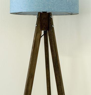 Tripod Stehlampe Stehleuchte Deckenfluter Blau Textil Schrim / Braun Naturholzfüße – Bild 2