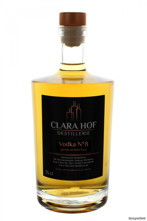Vodka No 8 40% Vol. gereift im Rum-Fass
