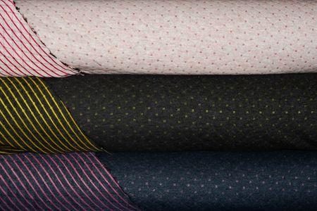 Jersey Steppstoff Quilt zweiseitig Doubleface in anthrazit-gelb, rose-berry oder indigo-pink wählbar, Rückseite mit Streifen – Bild 1